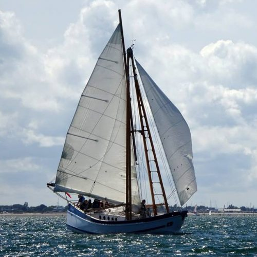 Boleh with a following wind off Chichester Harbour entrance
